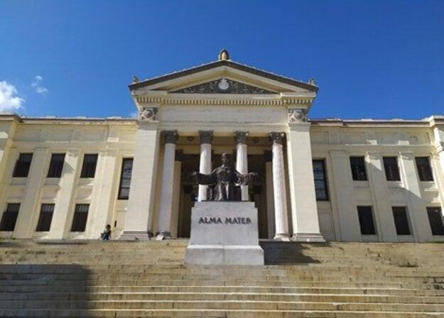Univerzita v Havane je považovaná za jednu z najlepších univerzít v Latinskej Amerike.