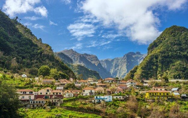 Dedinky uprostred hôr na Madeire