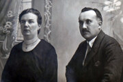 Učiteľ, ale aj dlhoročný kronikár mesta Poltár, Július Pástor s manželkou Margitou, rodenou Hrkovou.