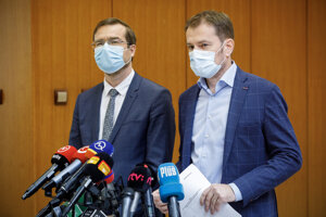 Minister zdravotníctva Marek Krajčí a predseda vlády Igor Matovič.