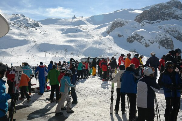Stredisko Ischgl patrí medzi najpopulárnejšie v Rakúsku. Zatvorili ho až 13. marca.