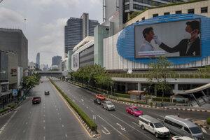 Prázdna ulica v Bangkoku.