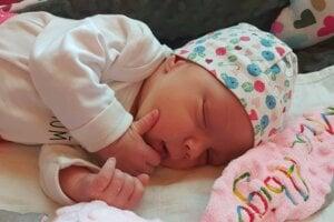 Mia Abigail (49 cm, 3200 g) sa narodila 26. marca rodičom Dávid a Miriam z Levíc.