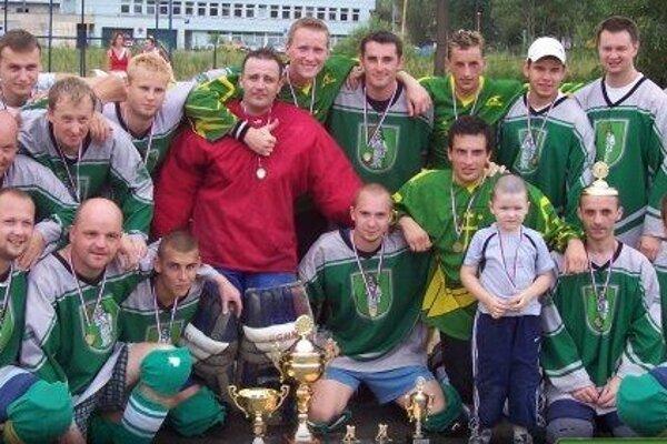 Hbk Kysucké Nové Mesto si vo svojej druhej sezóne zahral prvé finále a hneď s majstrovským leskom.
