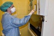 Nové laboratórium vzniklo v marci ako reakcia na šíriacu sa nákazu.