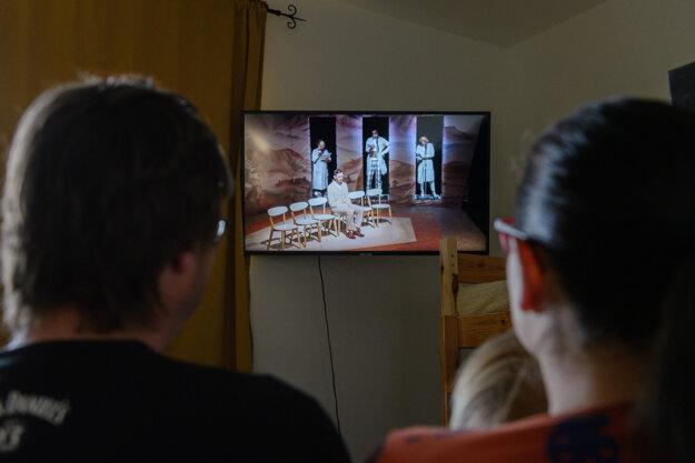 Online program Divadla Andreja Bagara v Nitre pritiahol tisícky divákov.