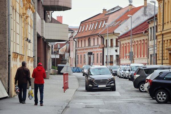 Oprava Jarkovej ulice má byť ukončená do 21. februára 2021.
