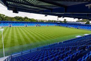 Osirelý štadión FC Nitra.