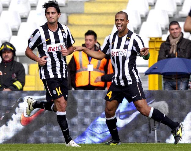 Felipe Melo (vpravo).