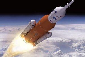 Lunárny program NASA Artemis: Nosná raketa SLS