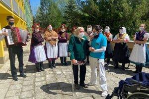 Johana Bonková oslávila storočnicu v domove dôchodcov v Spišskej Novej Vsi.
