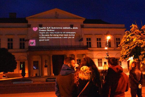 Lekári a zdravotníci, ďakujeme! Písali ľudia z celého Slovenska.