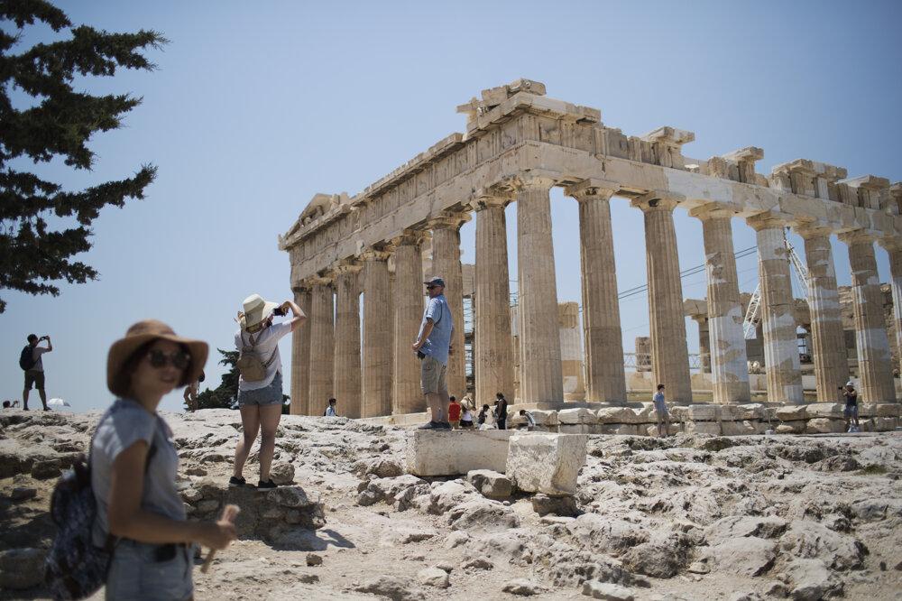 Parthenón v Aténach pred vypuknutím pandémie.