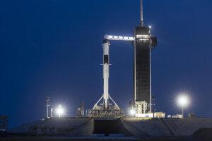 Raketa Falcon 9, ktorú použijú pri prvom pilotovanom lete už predtým letela dve misie.