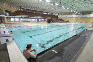 Rekreační plavci si môžu prísť zašportovať.