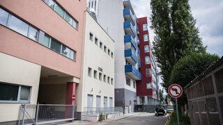 Štátna nemocnica sa pokute za operačnú sálu vzpiera, chystá žalobu