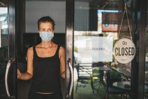 Podnikatelia žiadali pre pandémiu koronavírusu rýchlu a jednoduchú pomoc, tú však od štátu nedostali.