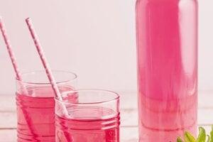 Ružový sirup.