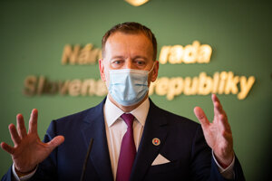 Predseda parlamentu Boris Kollár sa ospravedlniť odmietol, povedal však, že titul v politike používať nebude.