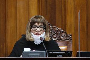 Predsedníčka srbského parlamentu Maja Gojkovičová je v nemocnici so zápalom pľúc.