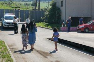 Pozitívna rodina z Rybníčka ide na pretestovanie.