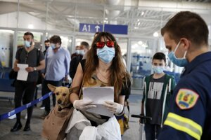 Opatrenia na letisku v Aténach.