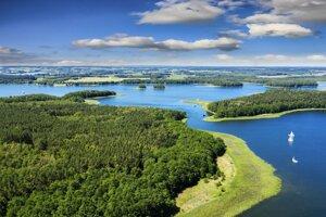 Mazúrske jazerá v Poľsku.