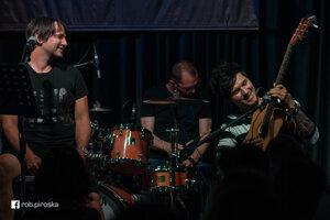 Členovia sa vokresanej zostave nedávno stretli vrámci koncertu Nirvana Unplugged.