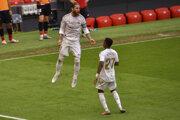 Sergio Ramos (vľavo) po strelenom góle.