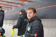Jaroslav Matejov bude aj vnasledujúcej sezóne pôsobiť na lavičke HK Levice. Stane sa asistentom trénera Kováčika.