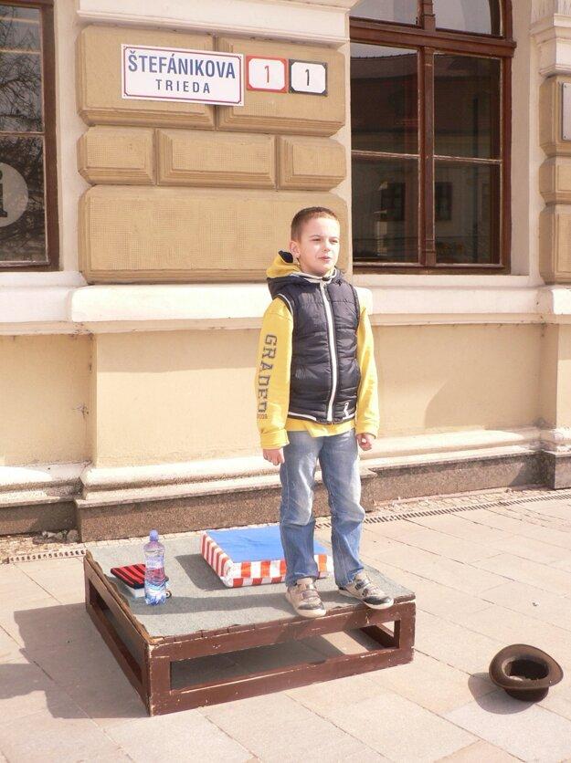 Deväťročný Ondrej Spišák recitoval Čo je to strach od Daniela Heviera.
