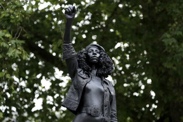 Socha černošskej aktivistky v Bristole.