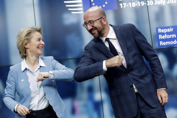 Predsedníčka Európskej komisie Ursula von der Leyenová a predseda Európskej rady Charles Michel.