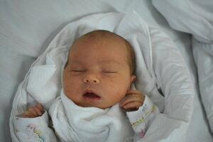 Emília Bierovská (3300 g, 49 cm) sa narodila 10. júla Martine a Marekovi z Trenčína.