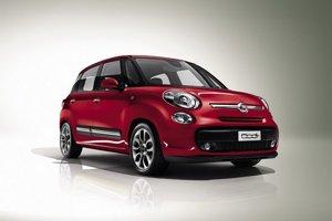 Fiat vyťaží z dizajnového základu Fiatu 500 maximum.