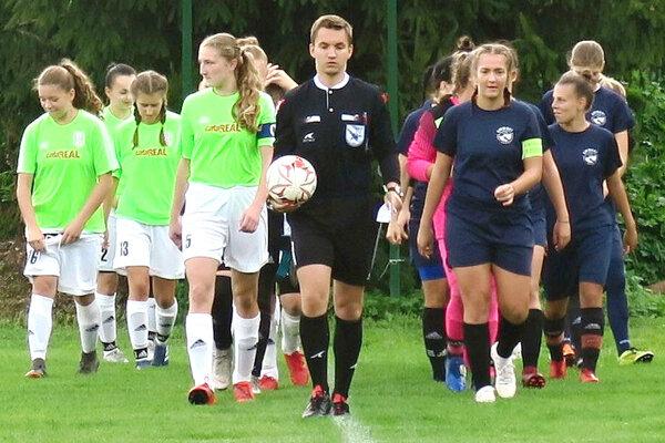 Pod Oravským hradom sa môžu fanúšikovia tešiť znovu na ženský futbal.