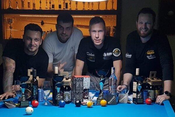 Zľava: Paťo Semelbauer, Matej Plhák, Jakub Koniar aRasťo Piterka.