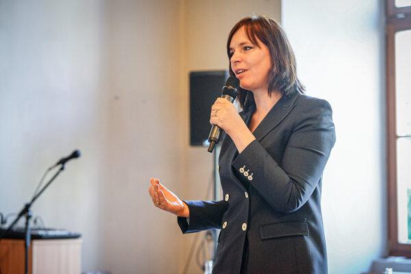 Ministerka investícií, regionálneho rozvoja a informatizácie Veronika Remišová (Za Ľudí)