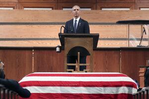 Exprezident Obama počas rozlúčky.