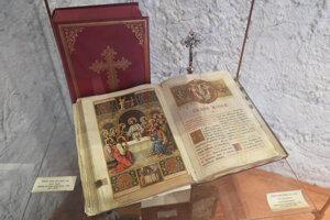 Liturgické knihy vystavené v Urbanovej veži.