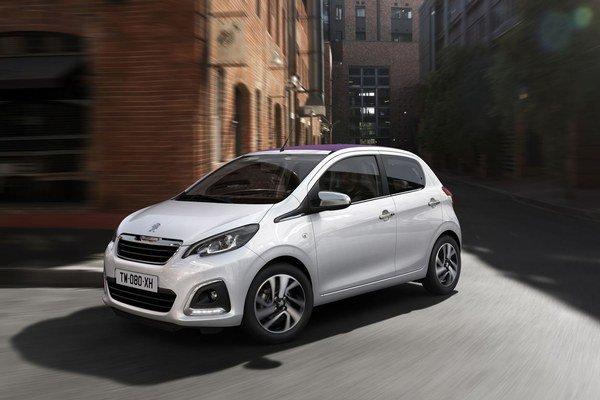 Dizajn nesie jasné prvky pre súčasný Peugeot a auto vyzerá veľmi vkusne.  V Paríži nájdete drahšie kabelky než je toto auto.
