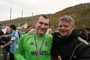 Brankár Géza Turi (vľavo) na Faerských ostrovoch.