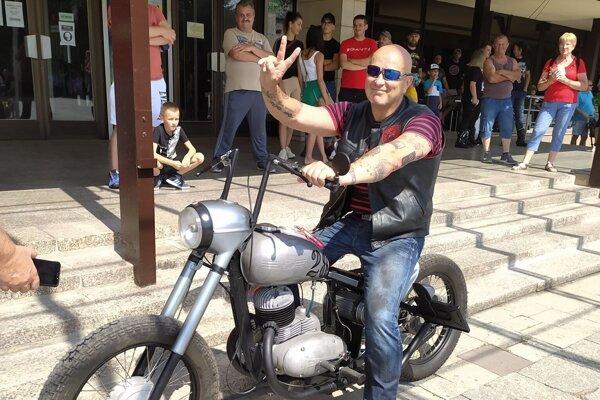 Vlado Malík, organizátor stretnutia motorkárov na Kysuciach.
