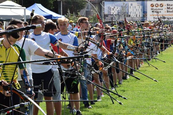 Na Majstrovstvách Slovenska mládeže v terčovej lukostreľbe sa Liptáci nestratili.