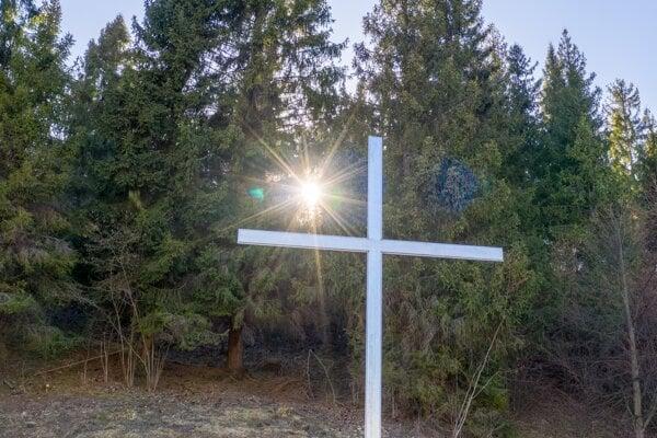 Kríž na Jamách.
