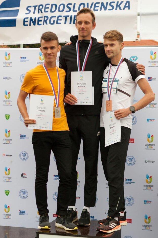 Dalibor Jakal (vľavo) získal na LUSR 2020 striebornú medailu.
