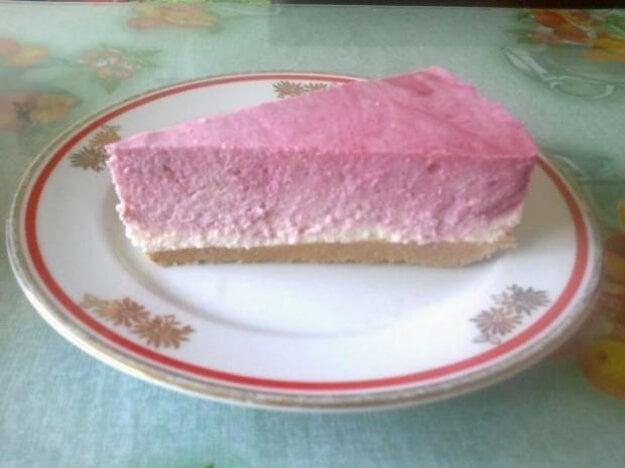 Nepečený malinový cheesecake