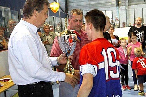 Víťazom blahoželal aj primátor Jozef Dvonč.
