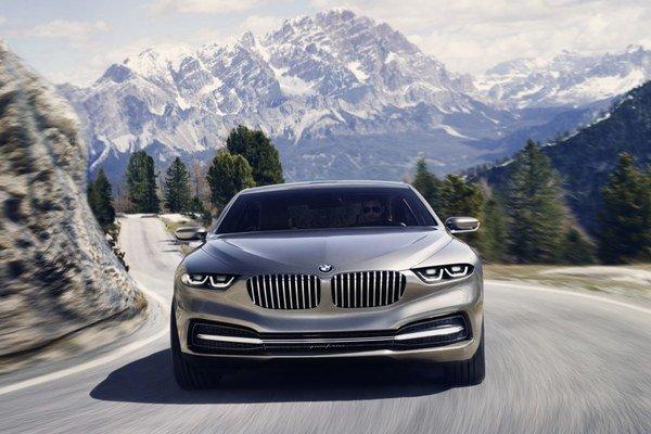 Koncept veľkého kupé BMW Gran Lusso ukázali Nemci v polovici minulého roka.