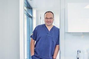 Stomatológ Libor Michna